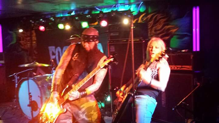 photo: Tina Giles .. September 5, 2015 .. Vultures of Volume 2 .. Delmar Inn, Hagerstown MD